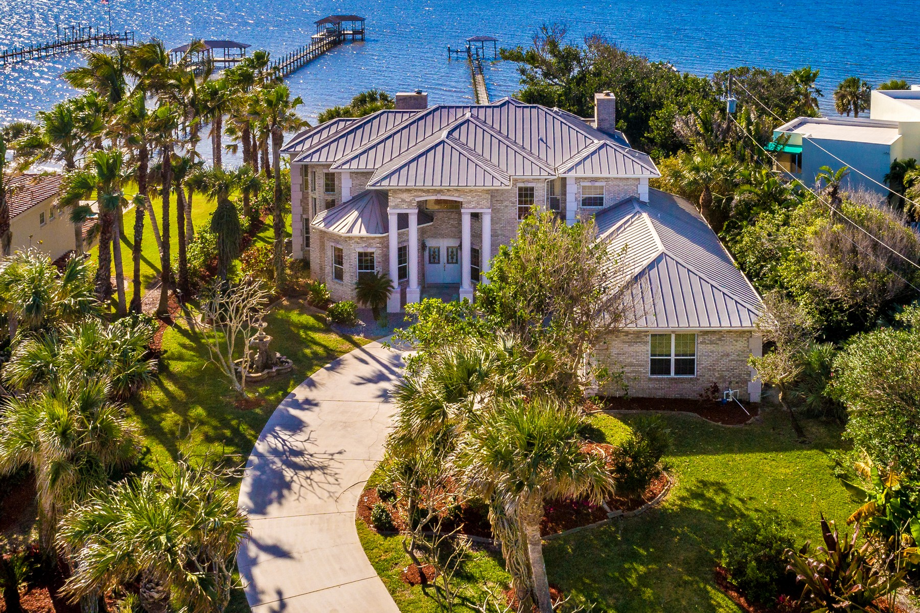 Single Family Home for Sale at 4660 Highway A1A 4660 Highway A1A Melbourne Beach, Florida 32951 United States