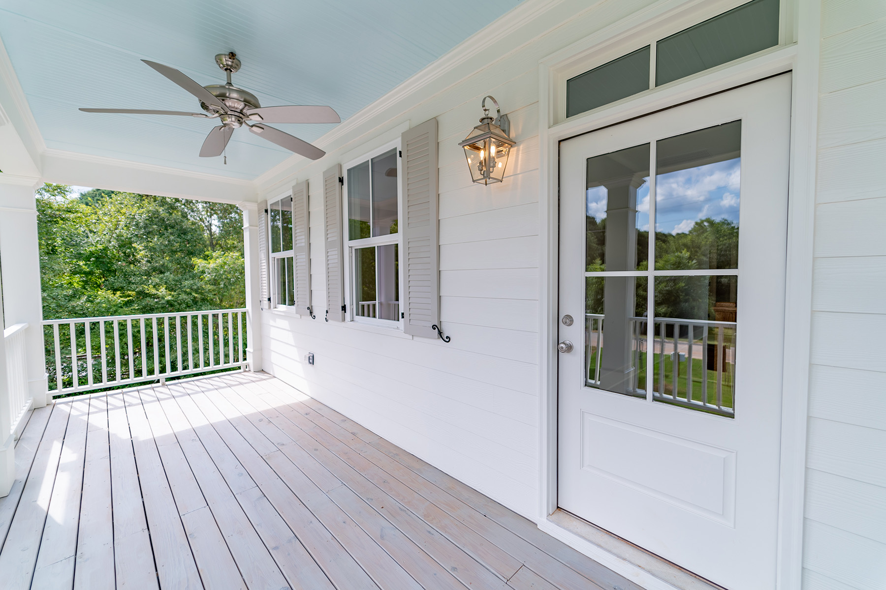 Additional photo for property listing at Modern Farmhouse in The Historic Town of Senoia 400 Seavy Street, Senoia, Georgia 30276 Hoa Kỳ