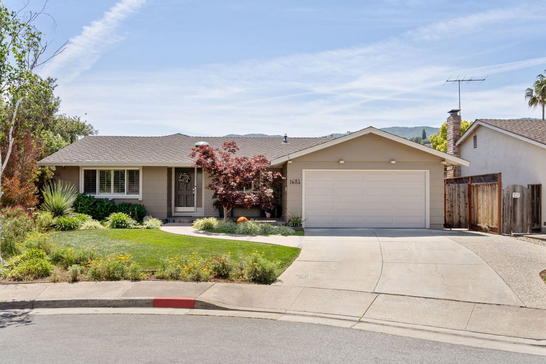 Single Family Homes for Active at Gorgeous remodel on a quite street 1684 Hydrangea Lane San Jose, California 95124 United States