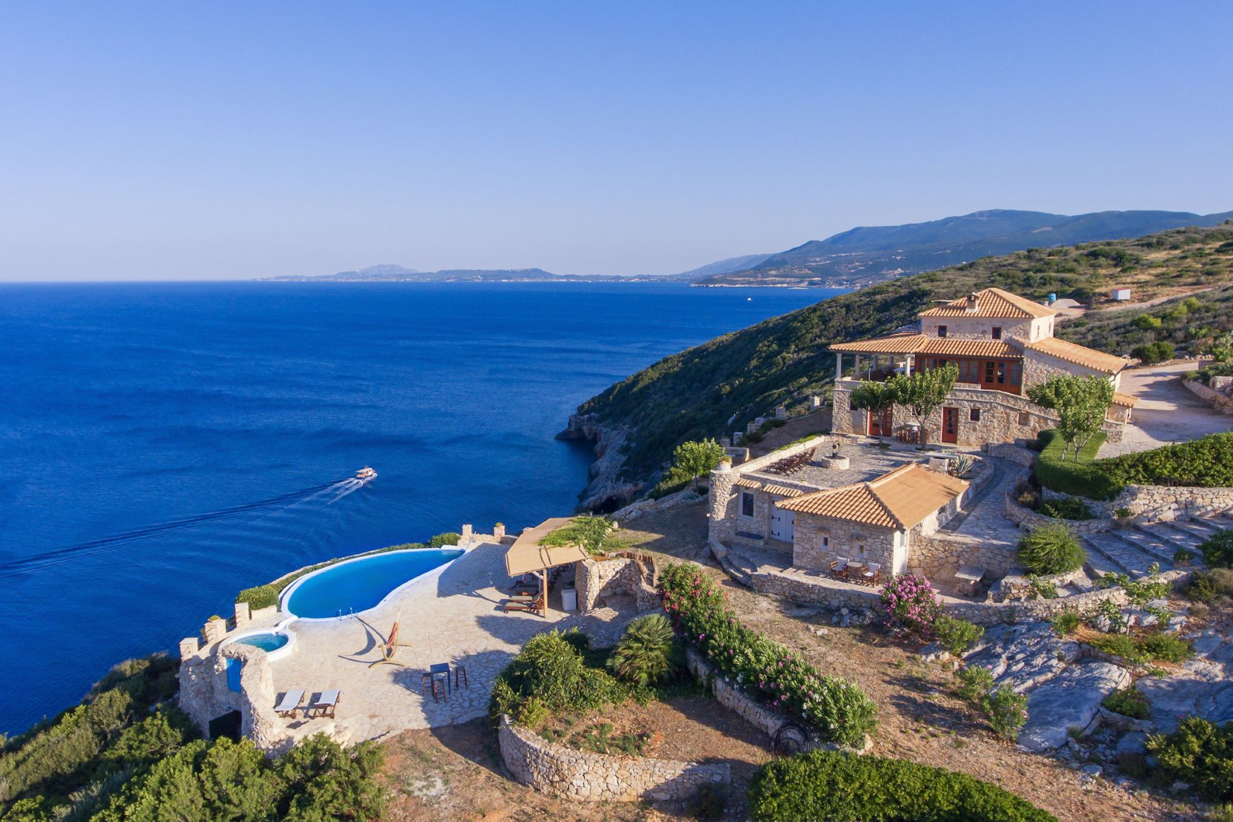 Multi-Family Homes 为 销售 在 扎金索斯岛, 伊奥尼亚群岛 希腊