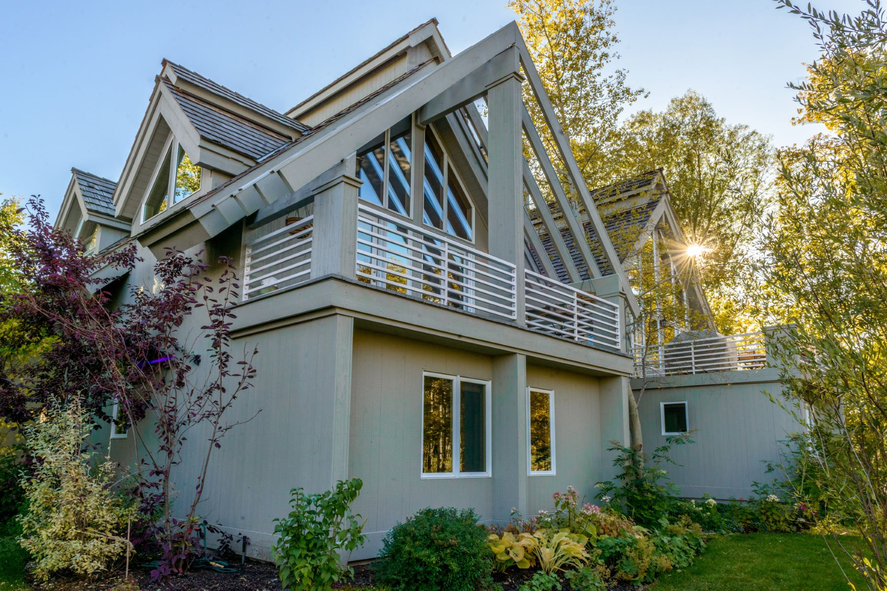 独户住宅 为 销售 在 2639 Fairways Place West 2639 W Fairways Place West, 威尔逊, 怀俄明州, 83014 Jackson Hole, 美国