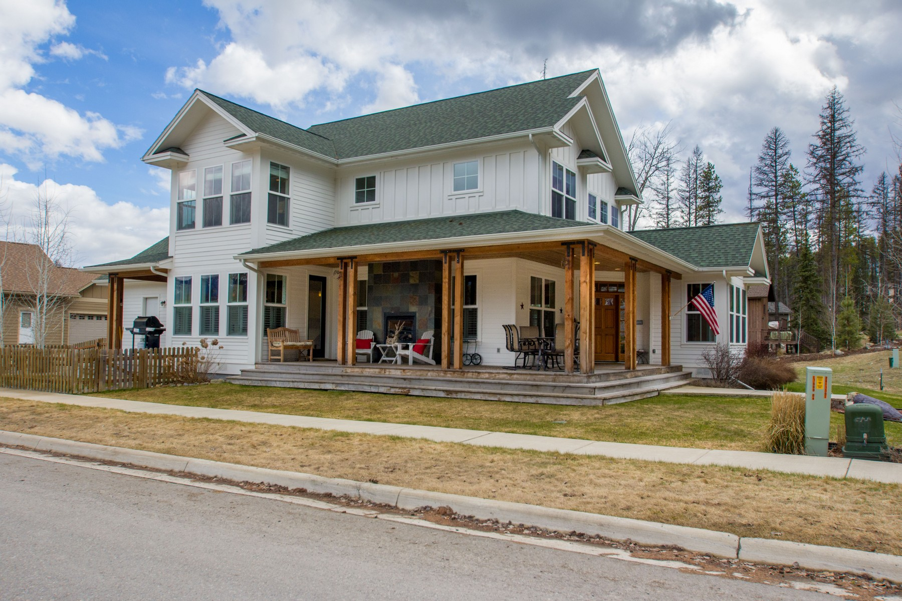 Single Family Home for Sale at 303 Stumptown Loop, Whitefish, MT 59937 303 Stumptown Loop Whitefish, Montana 59937 United States