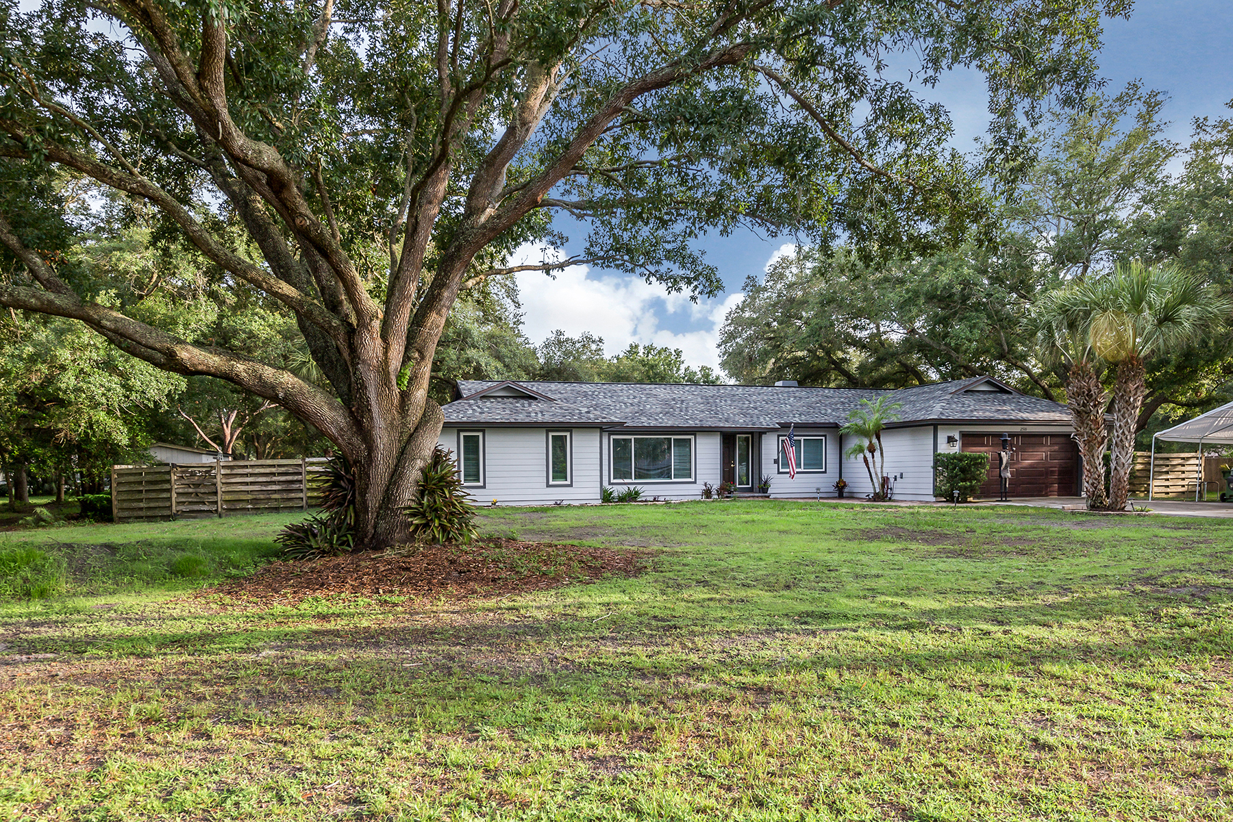 Property のために 売買 アット VENICE ACRES 2510 Northway Dr, ベニス, フロリダ 34292 アメリカ