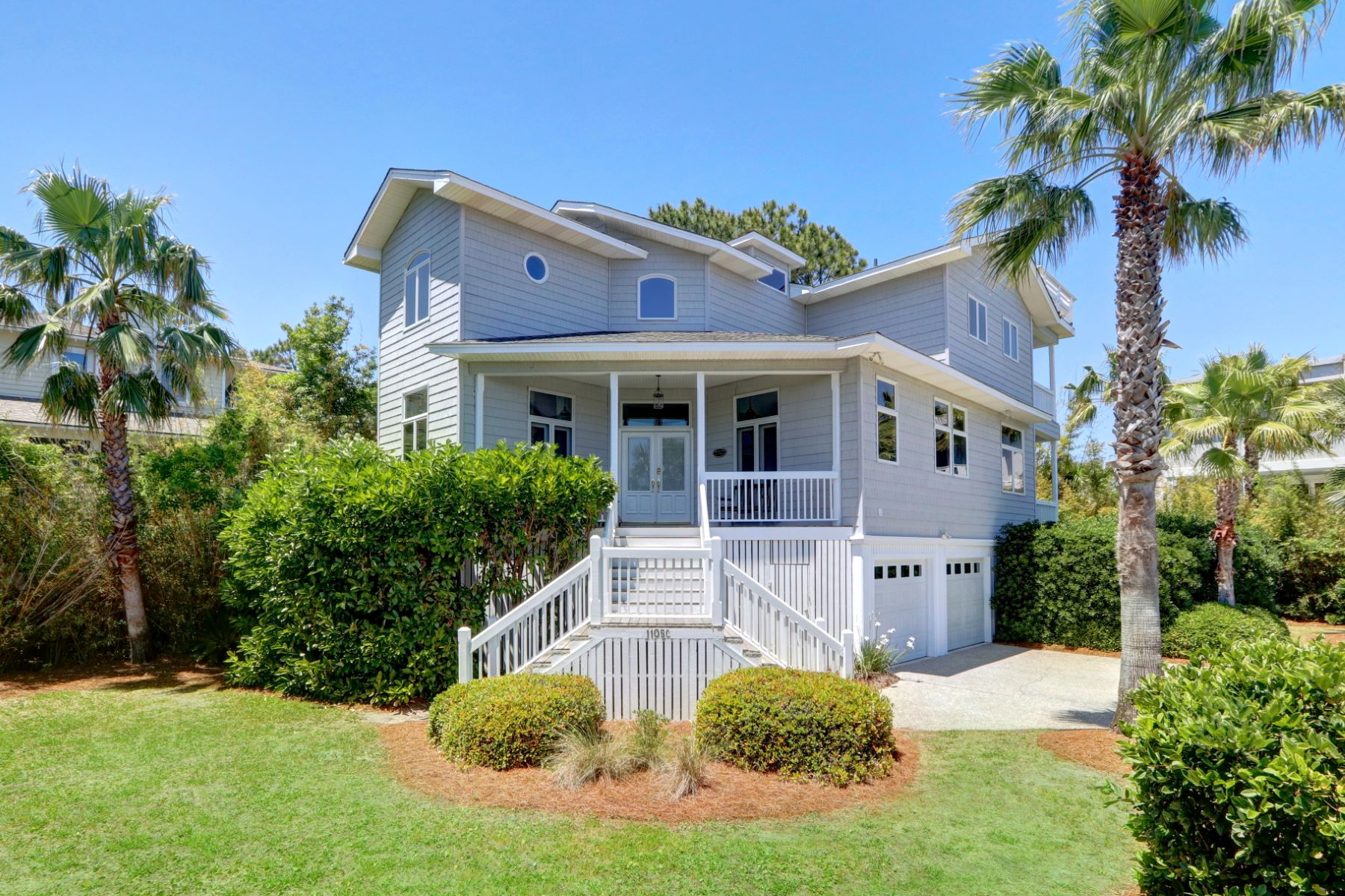 Single Family Homes por un Venta en Contemporary Southern Beach House 1105 Bay St, #C, Tybee Island, Georgia 31328 Estados Unidos