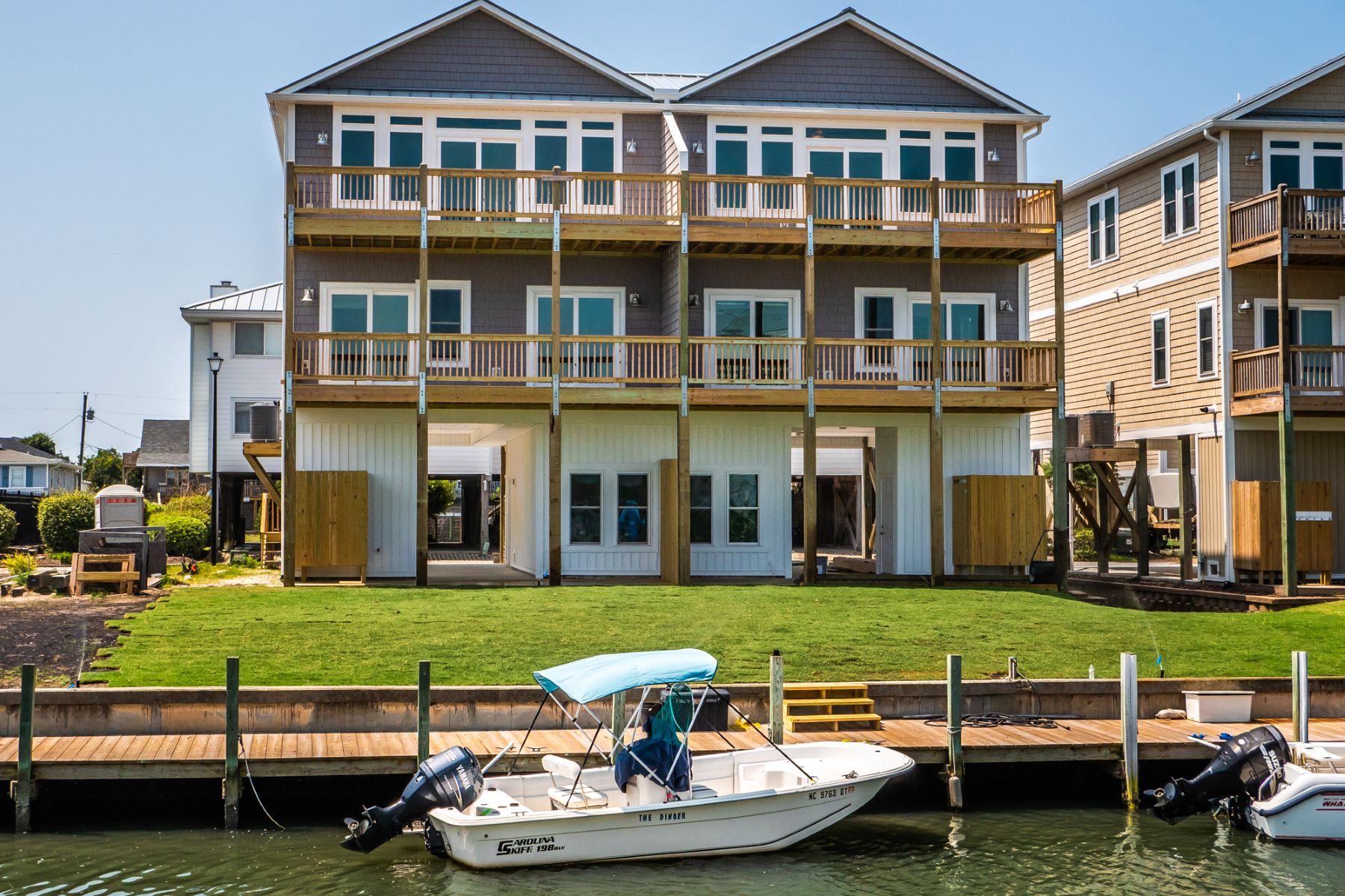 Townhouse for Active at Waterfront Residence in Gated Community 952B Tower Court Topsail Beach, North Carolina 28445 United States
