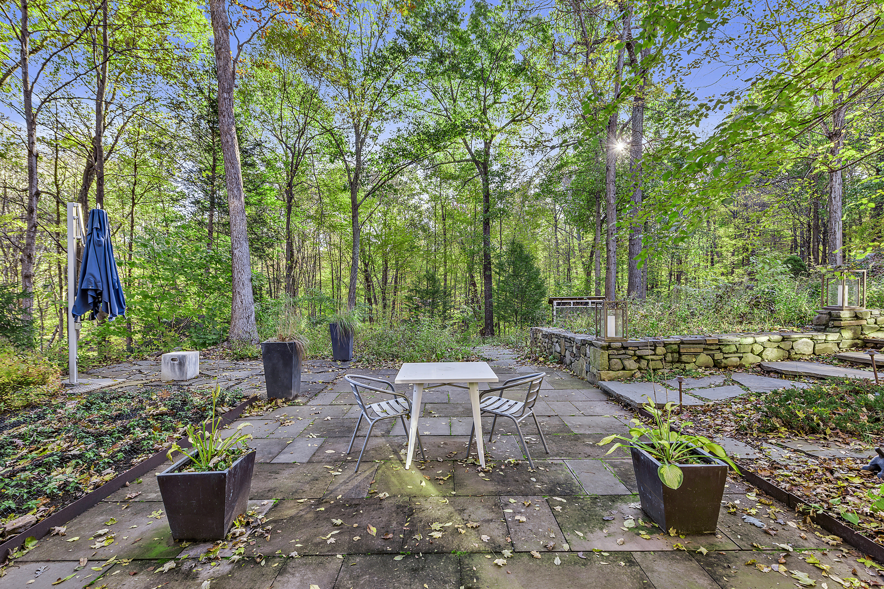 Additional photo for property listing at LIVE Sleek 25 Boutonville Road South Salem, New York 10590 United States