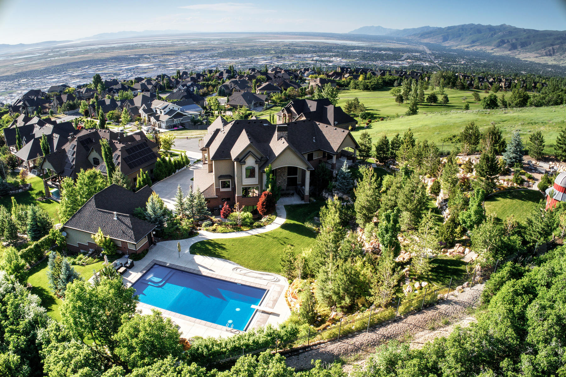Additional photo for property listing at Refined Mountain Estate 686 Country Ct, North Salt Lake, Utah 84054 United States