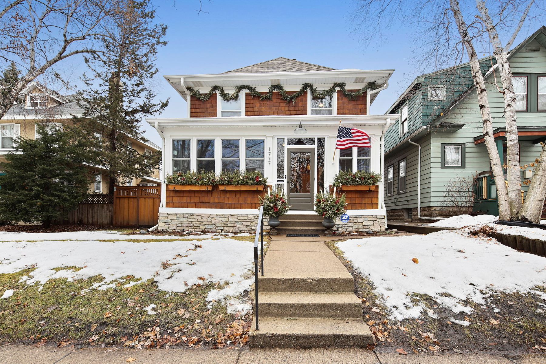 Single Family Homes for Sale at 1777 Lincoln Avenue St. Paul, Minnesota 55105 United States