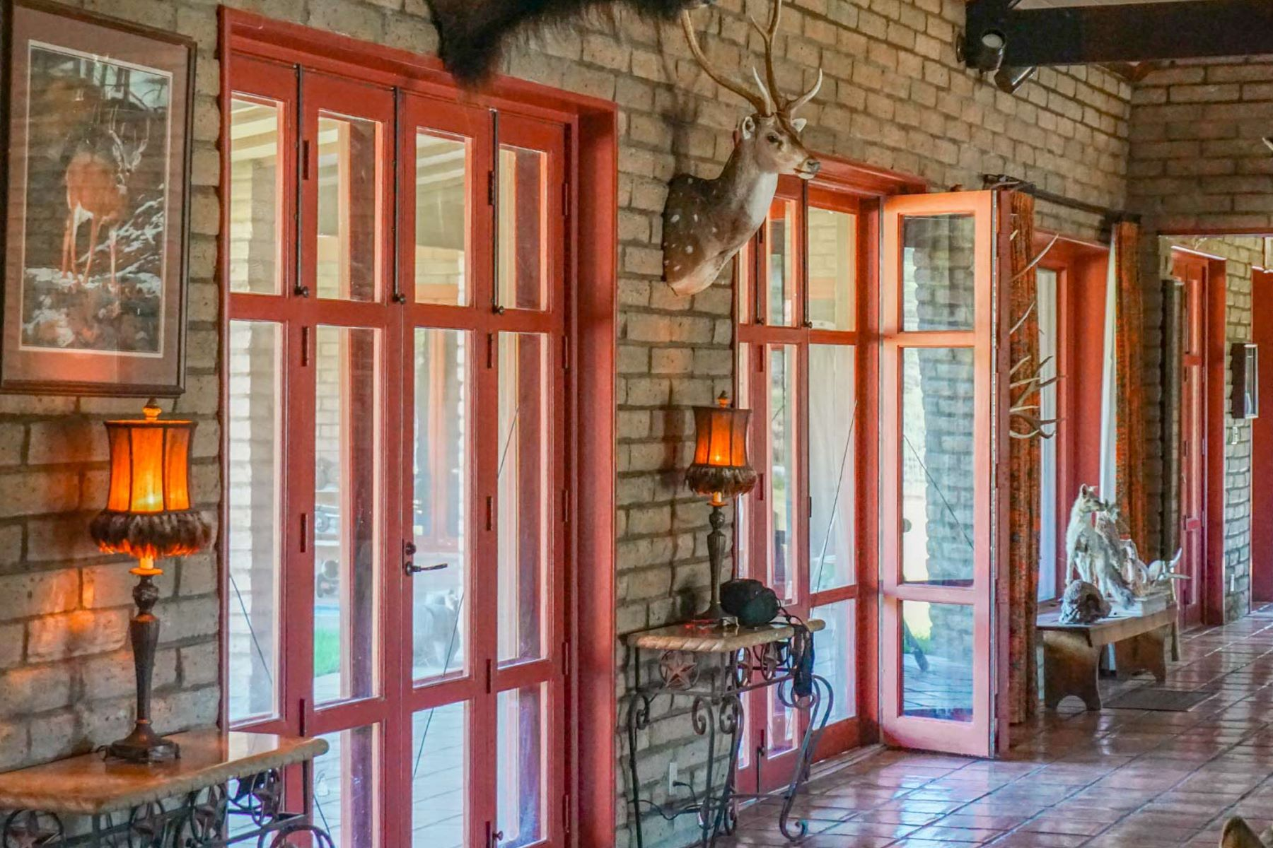 Additional photo for property listing at Livermore Ranch Fort Davis, Texas 79734 United States