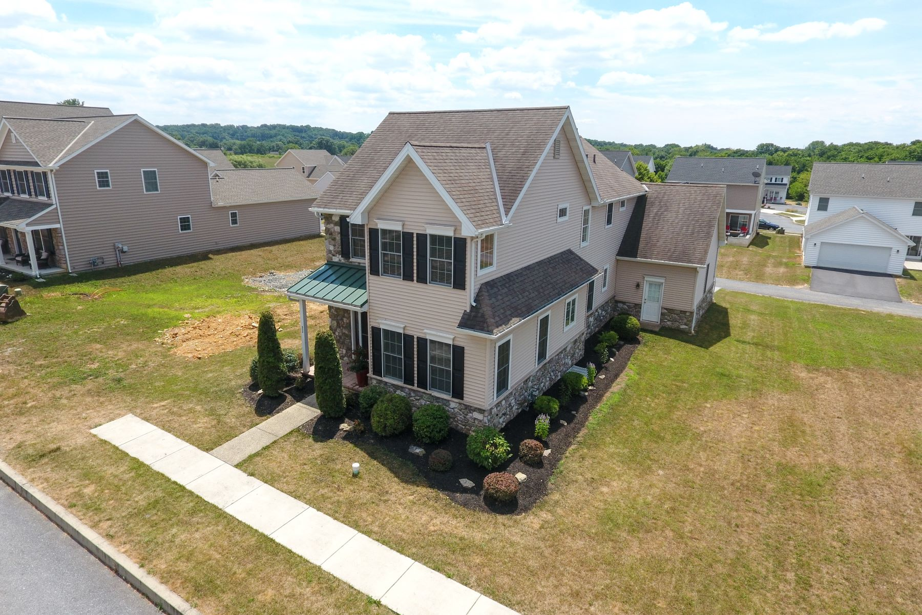 Additional photo for property listing at 652 Richmond Drive 652 Richmond Drive Lancaster, Pennsylvania 17601 United States