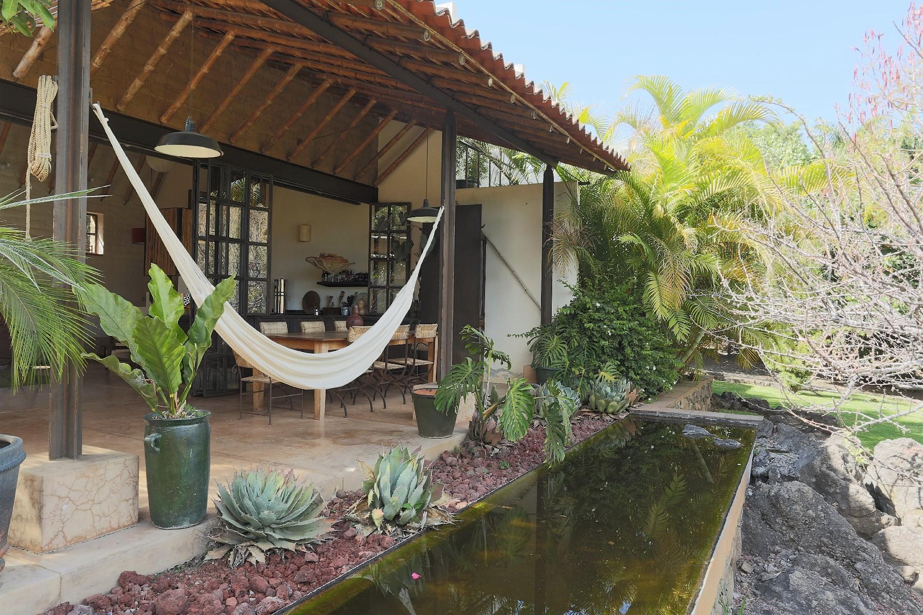 Hacienda / Estancia / Plantación por un Venta en Hacienda Agua del Prior, Malinalco, Estado de Mexico Agua del Prior Malinalco Federal District, Mexico Df 52440 México