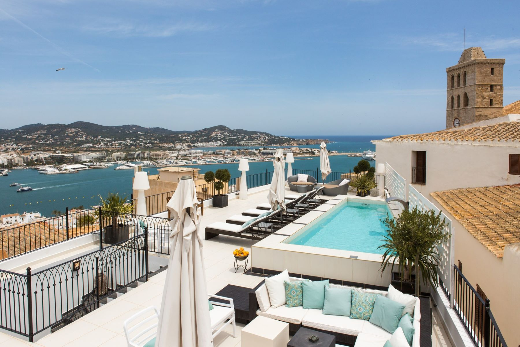 Maison unifamiliale pour l Vente à Extraordinary Palace In The Heart Of Dalt Vila Other Ibiza, Ibiza, 07800 Espagne