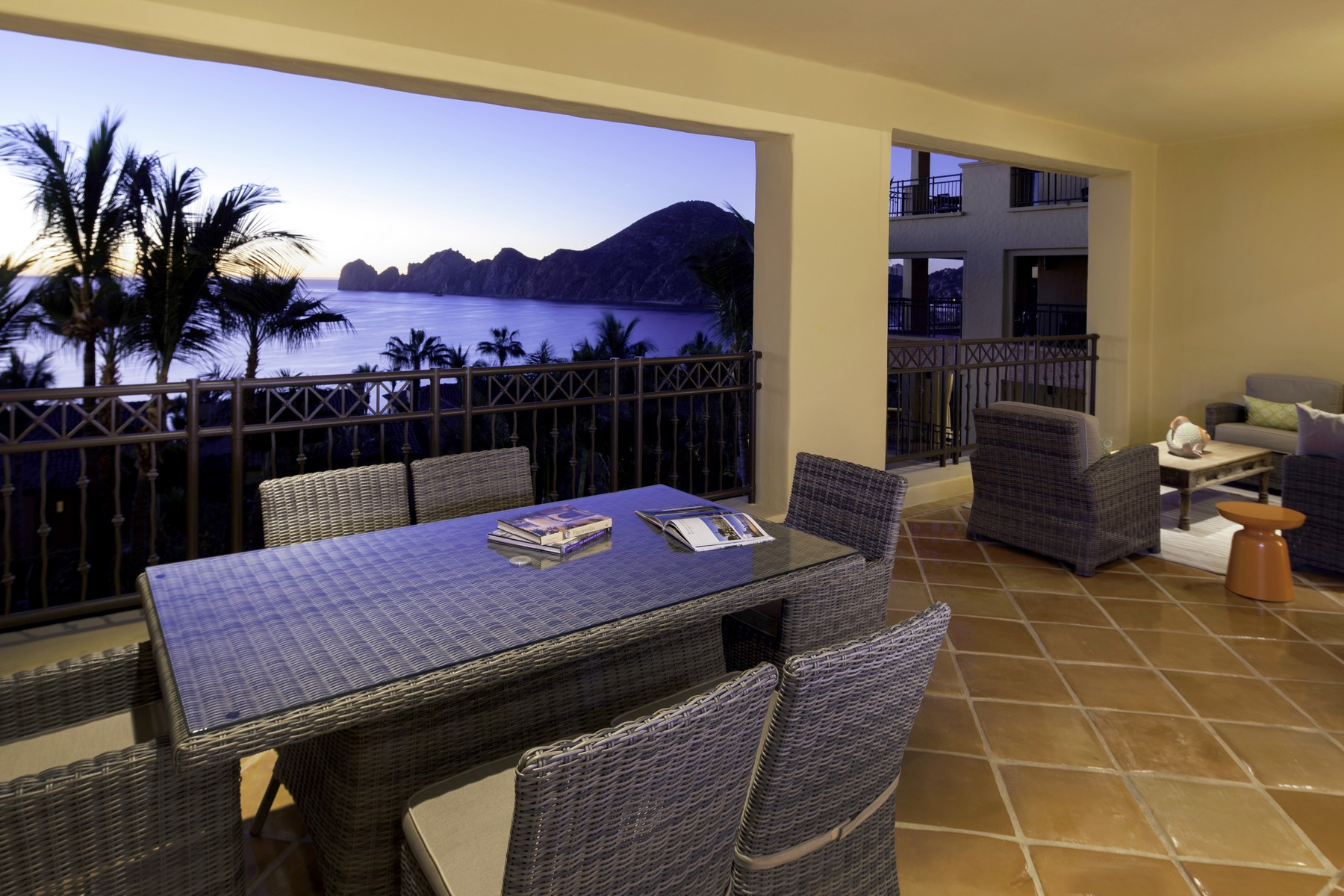 Additional photo for property listing at Collection 1304 Hacienda Beach Club and Residences Collection 1304 Cabo San Lucas, Baja California Sur 23453 México