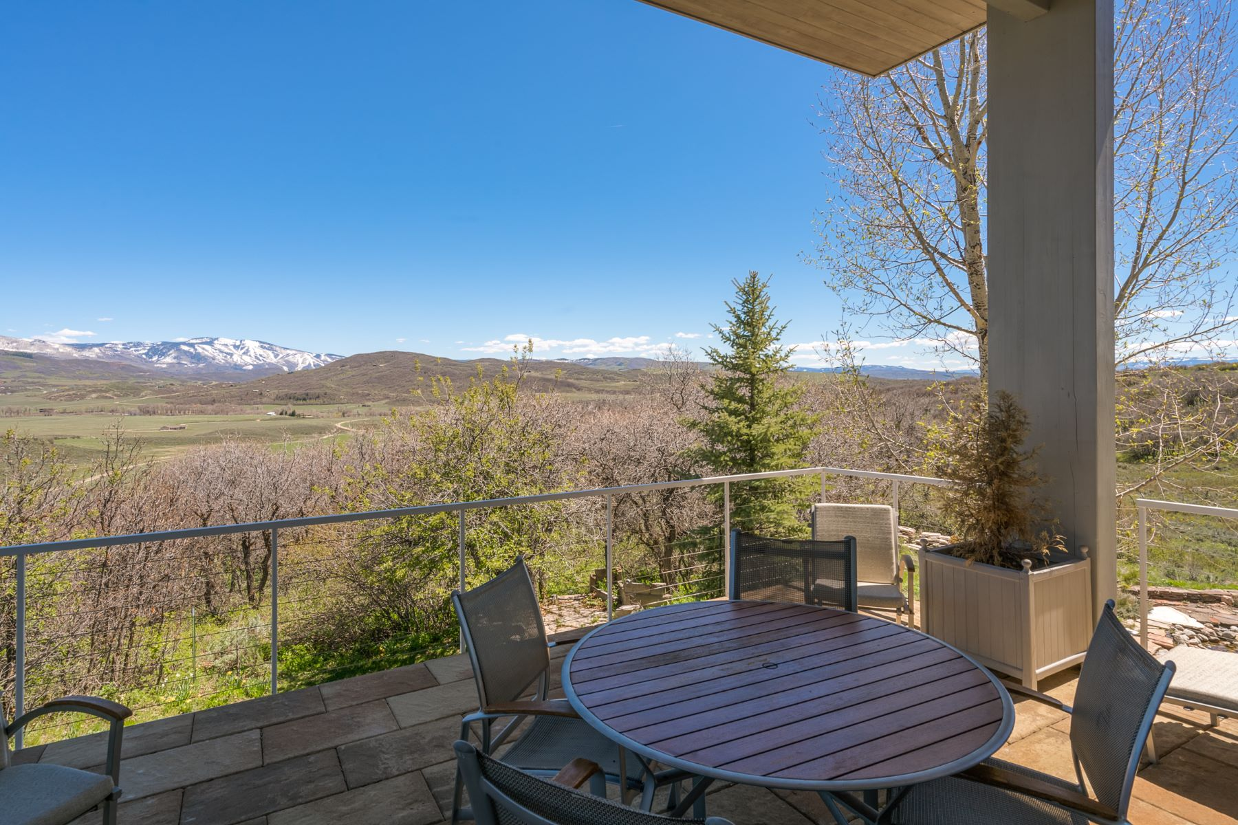 Additional photo for property listing at PRIVACY WITH ENDLESS VIEWS 43600 Old Elk Trail Steamboat Springs, Colorado 80487 États-Unis