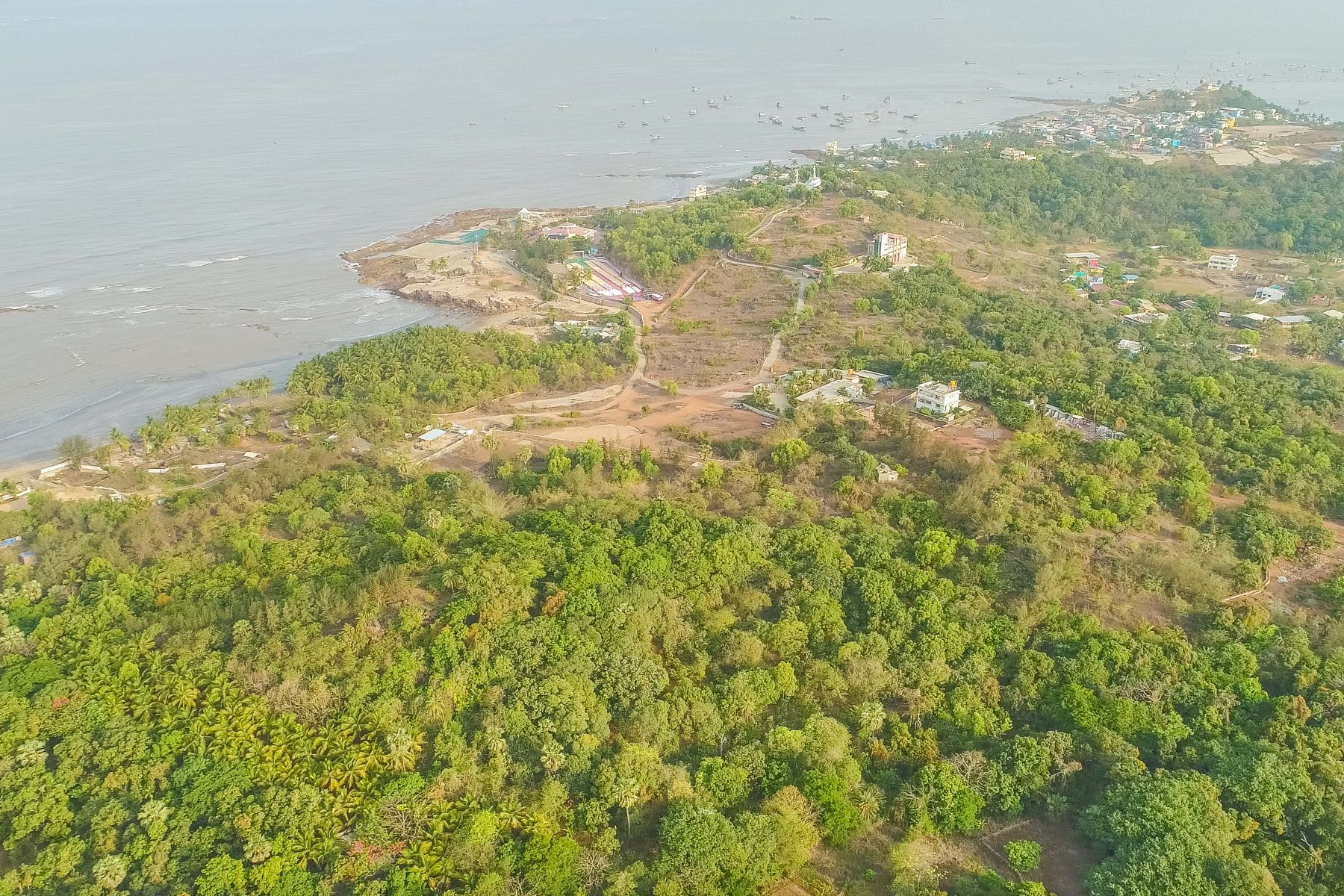 Terreno por un Venta en Beachfront land parcel in Gorai-Uttan Mumbai, Maharashtra 401106 India