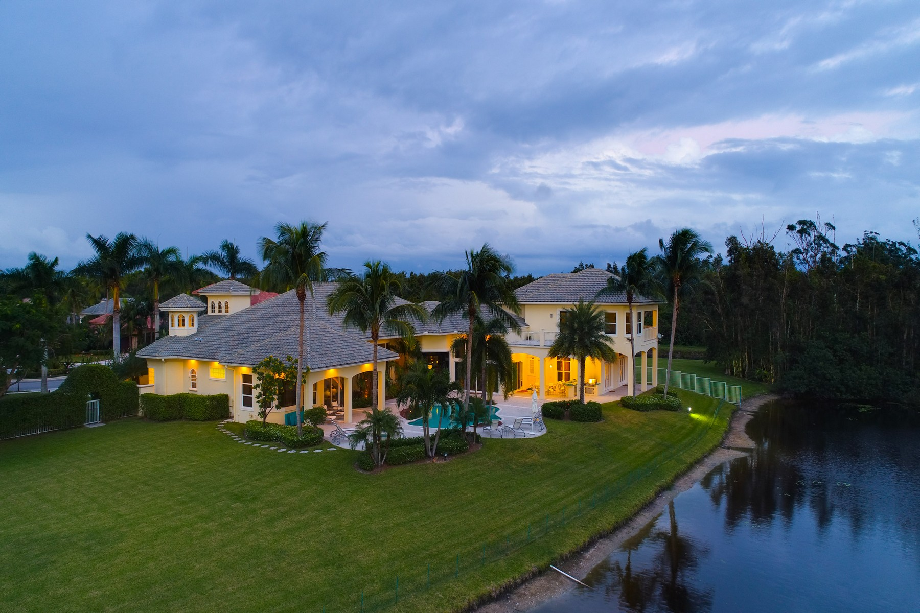 Additional photo for property listing at 3703 Touch of Class Court 3703 Touch of Class Court Wellington, Florida 33414 United States