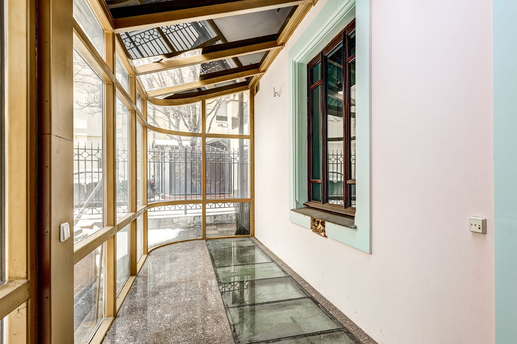 Additional photo for property listing at Historic house of the 19-20th century Moscow, Moscow City Russia