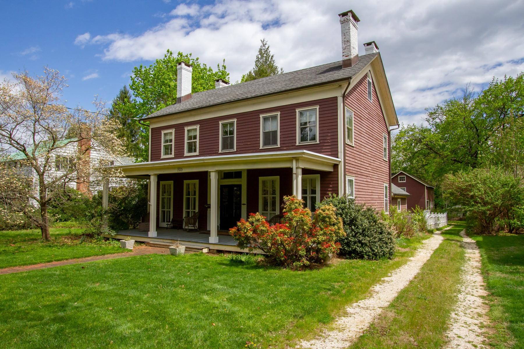 Single Family Homes por un Venta en Charming Home in Shrewsbury Historic District 905 Broad St Shrewsbury, Nueva Jersey 07702 Estados Unidos