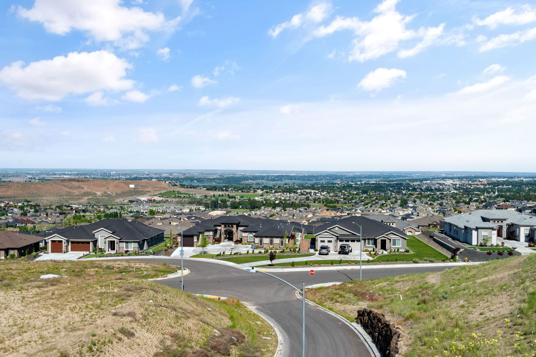 Single Family Homes for Sale at Unobstructed Panoramic View 797 Summit Street Richland, Washington 99352 United States
