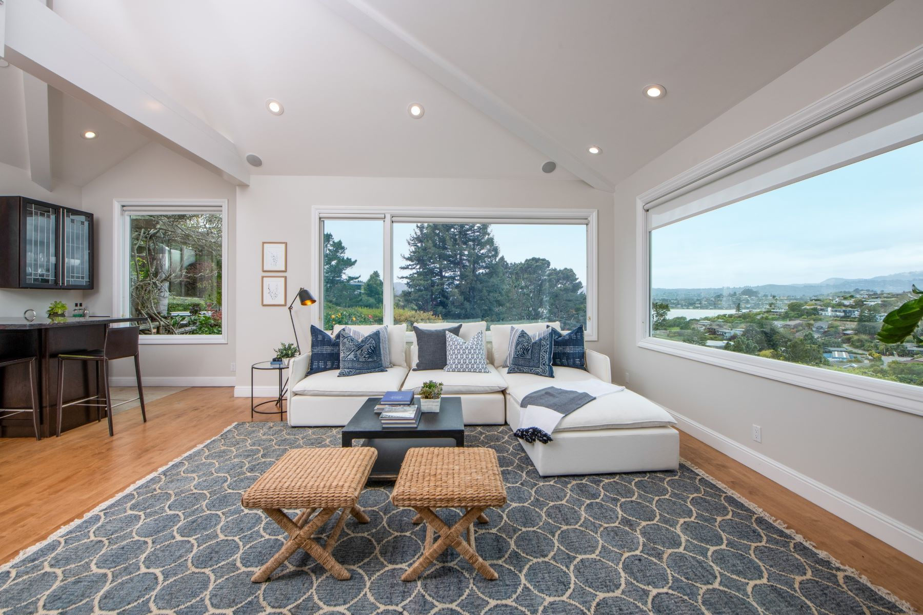 Single Family Homes for Sale at Modern Form Meets Classic Comfort! 39 Geldert Ct, Tiburon, California 94920 United States