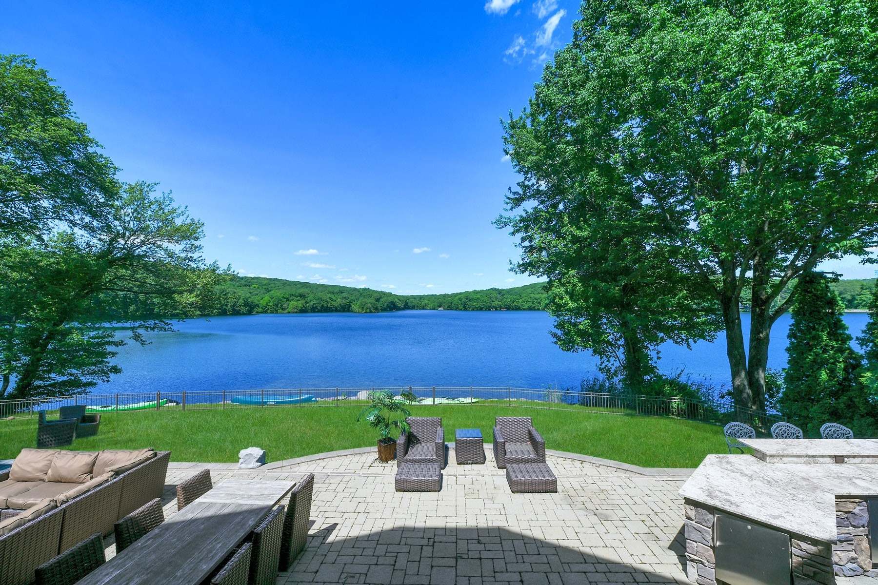 Single Family Homes for Sale at Custom Built Home Overlooking West Lake 4 Stonybrook Trail, Kinnelon, New Jersey 07405 United States