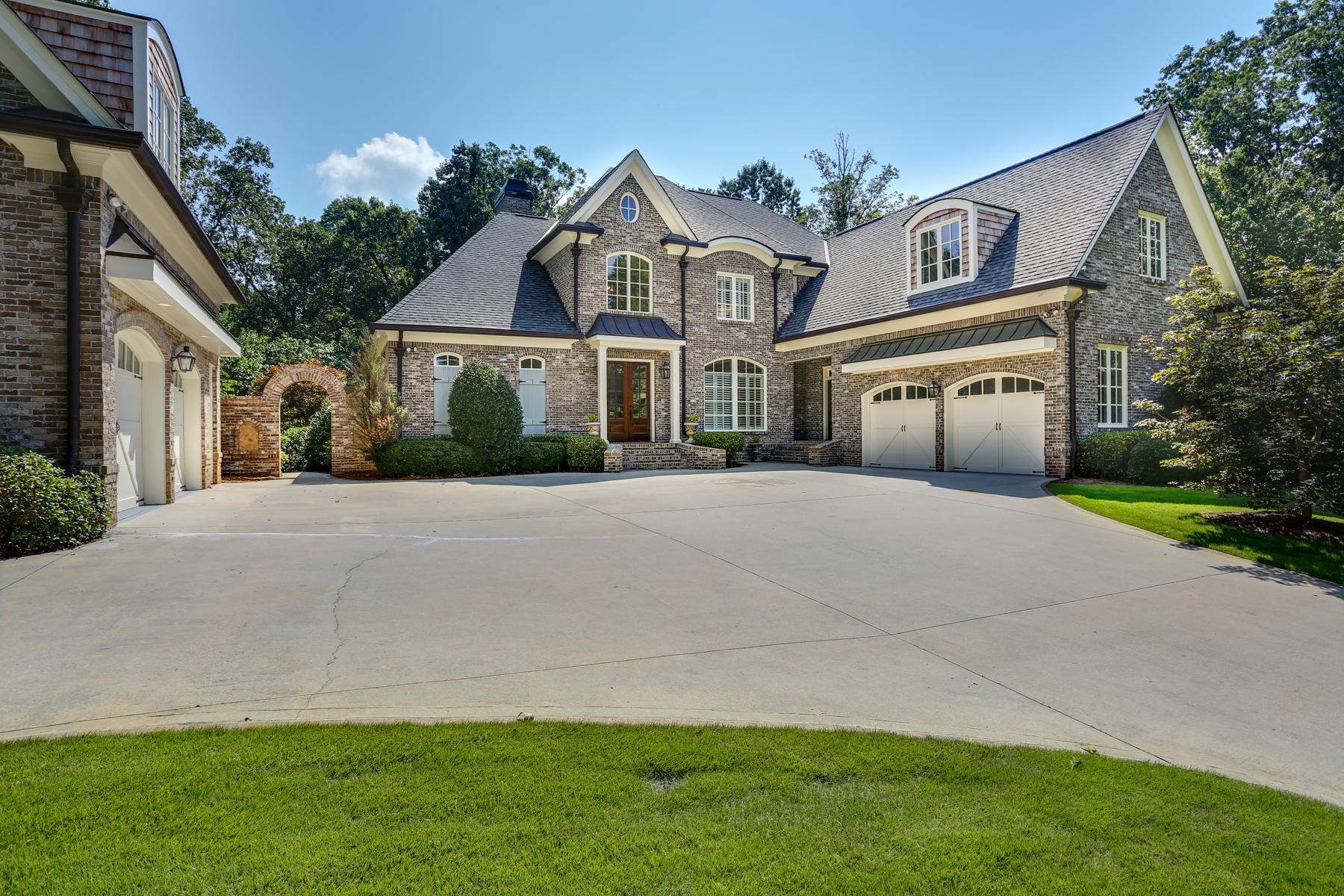 Частный односемейный дом для того Продажа на Elegant, Gated Sandy Springs Renovation 5575 Mount Vernon Parkway Atlanta, Джорджия, 30327 Соединенные Штаты