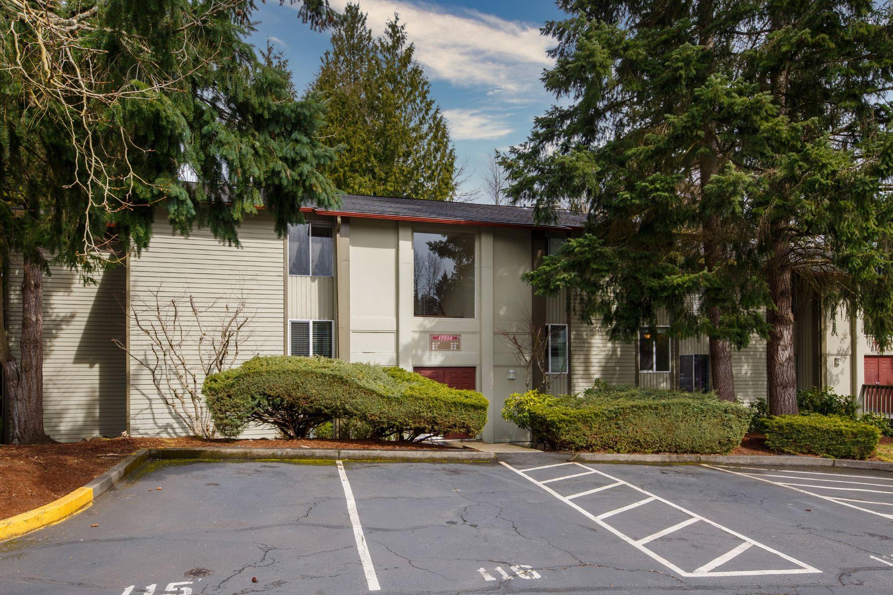 Condominiums 용 매매 에 Tranquil Fairwood Community Living 17518 151st Ave SE Unit #2-8 Renton, 워싱톤 98058 미국