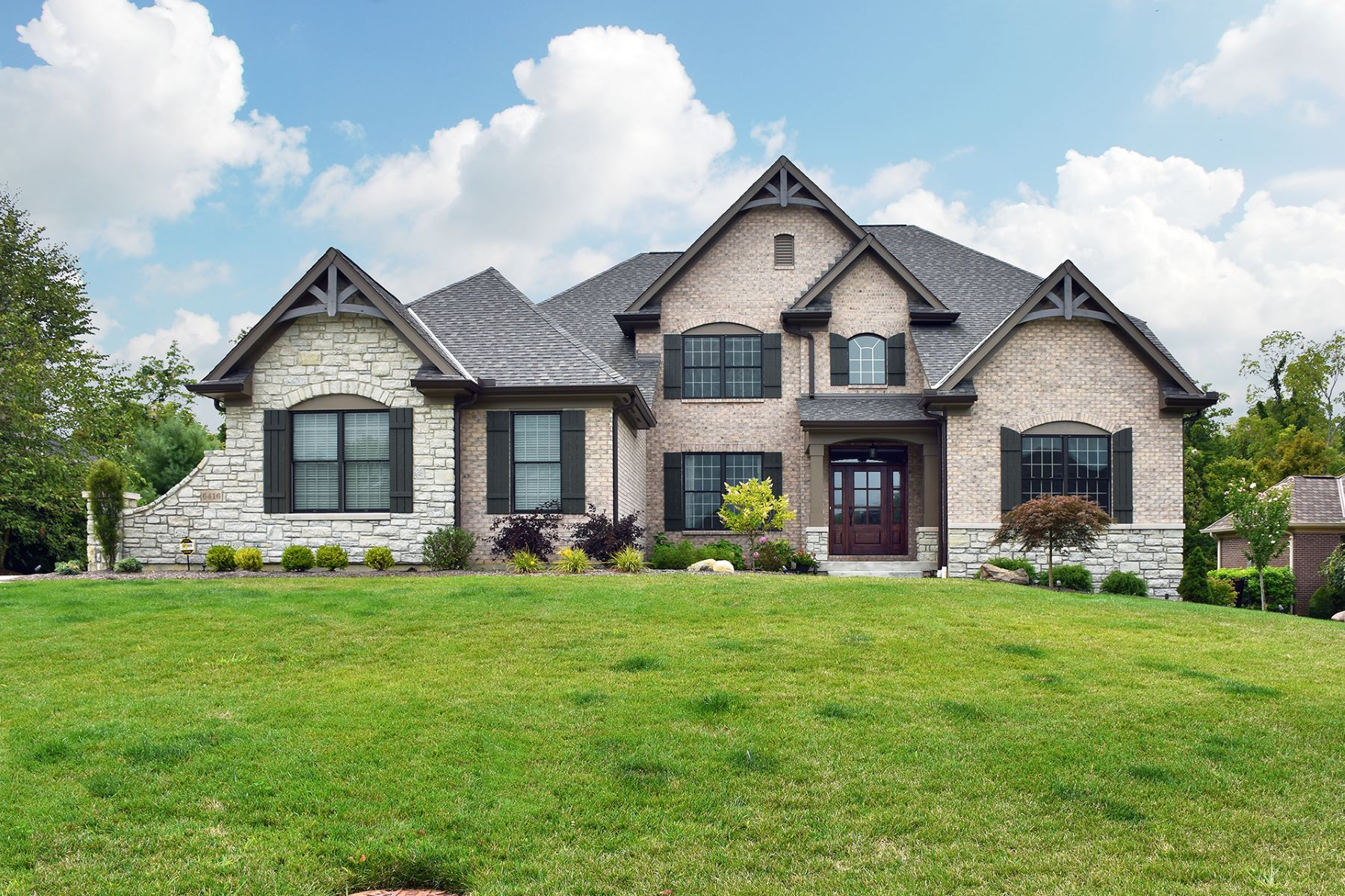 Single Family Homes 为 销售 在 The Winchester Plan in beautiful Willows Bend 6416 Birch Creek Drive Miami Township, 俄亥俄州 45140 美国