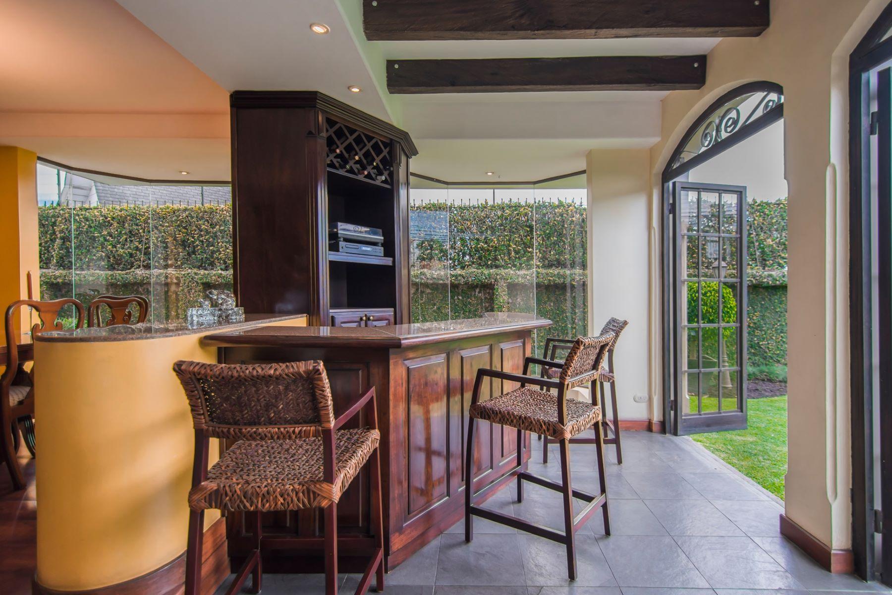 Additional photo for property listing at Cerro Alto Sweet Escape Escazu, San Jose Costa Rica