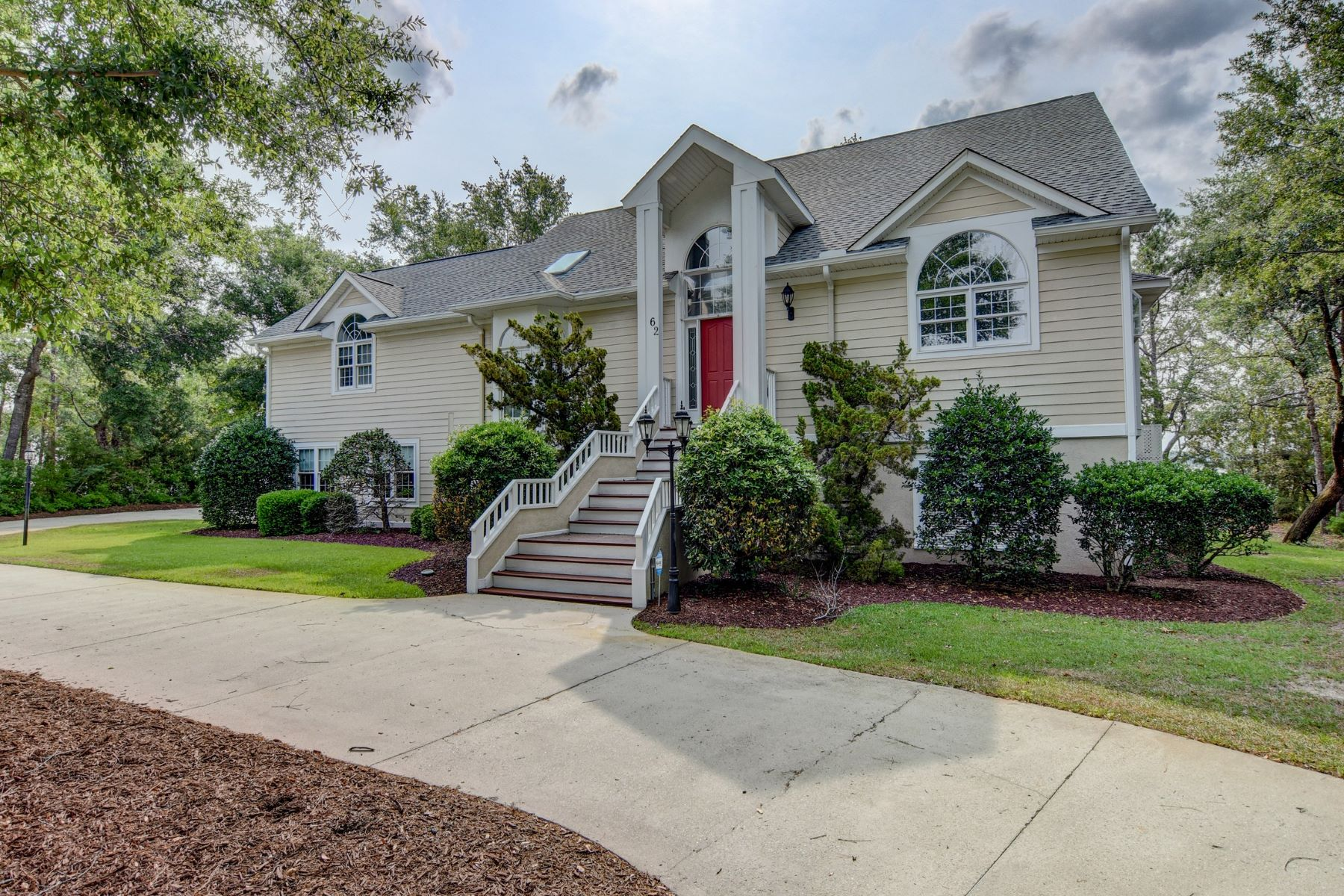 Single Family Homes for Active at Beautiful Deep Waterfront Home in Private Community 62 Myrtle Point Circle Supply, North Carolina 28462 United States