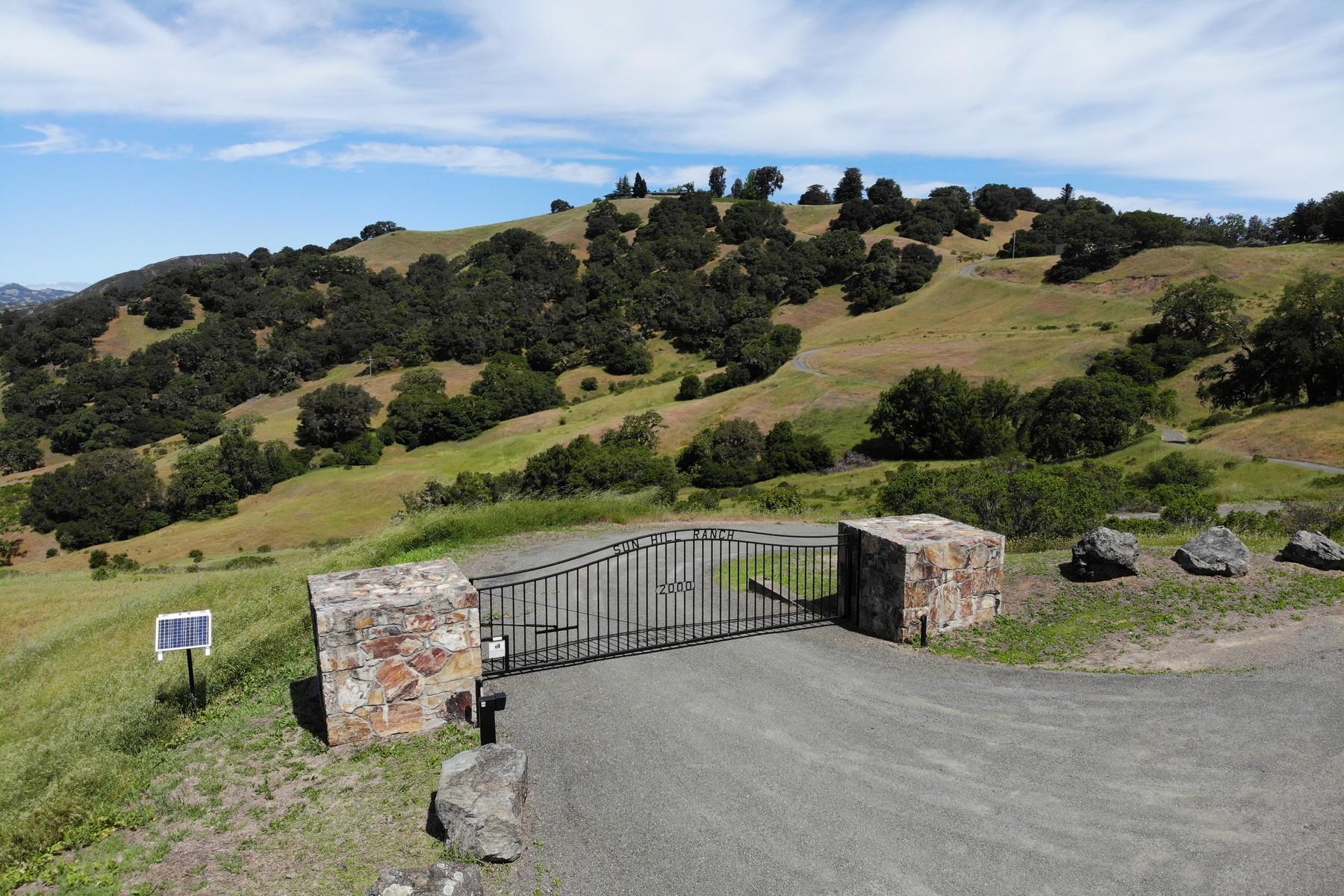 Single Family Homes por un Venta en Sonoma Legacy Estate 2000 Hot Springs Road Cloverdale, California 95425 Estados Unidos