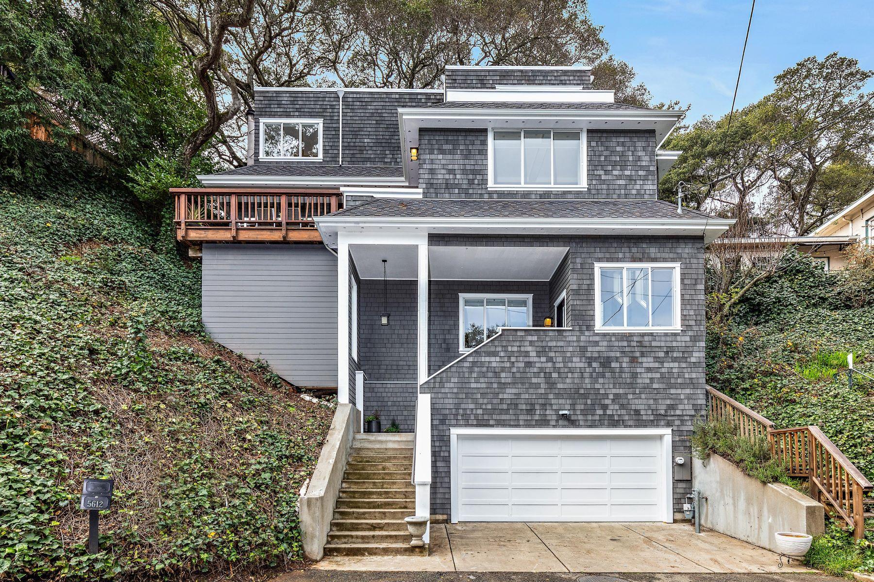 Casa Unifamiliar por un Venta en Beautiful Montclair Contemporary 5612 Merriewood Drive Oakland, California 94611 Estados Unidos