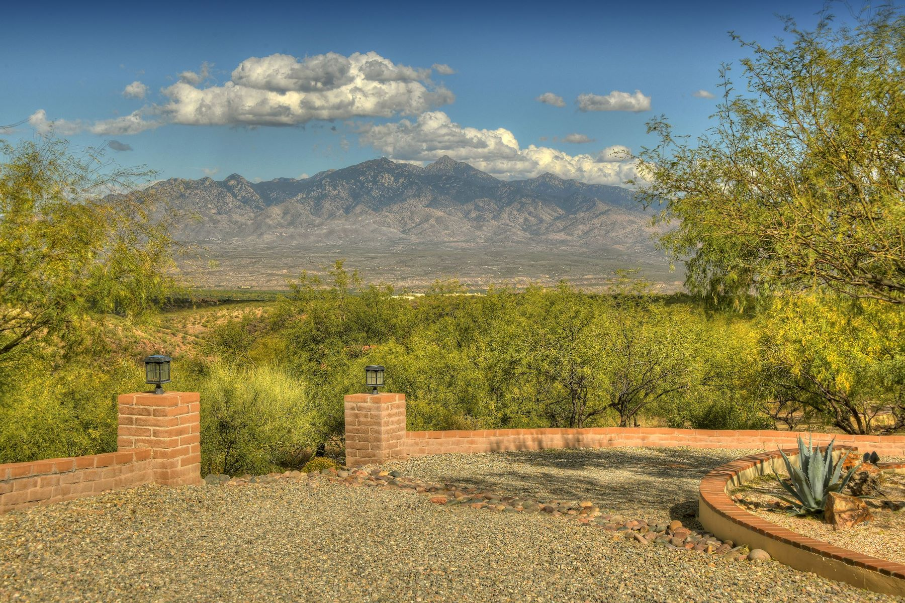 Single Family Homes for Sale at Gorgeous Custom Home on 7+ Acres 70 Guadalupe Lane Tubac, Arizona 85646 United States