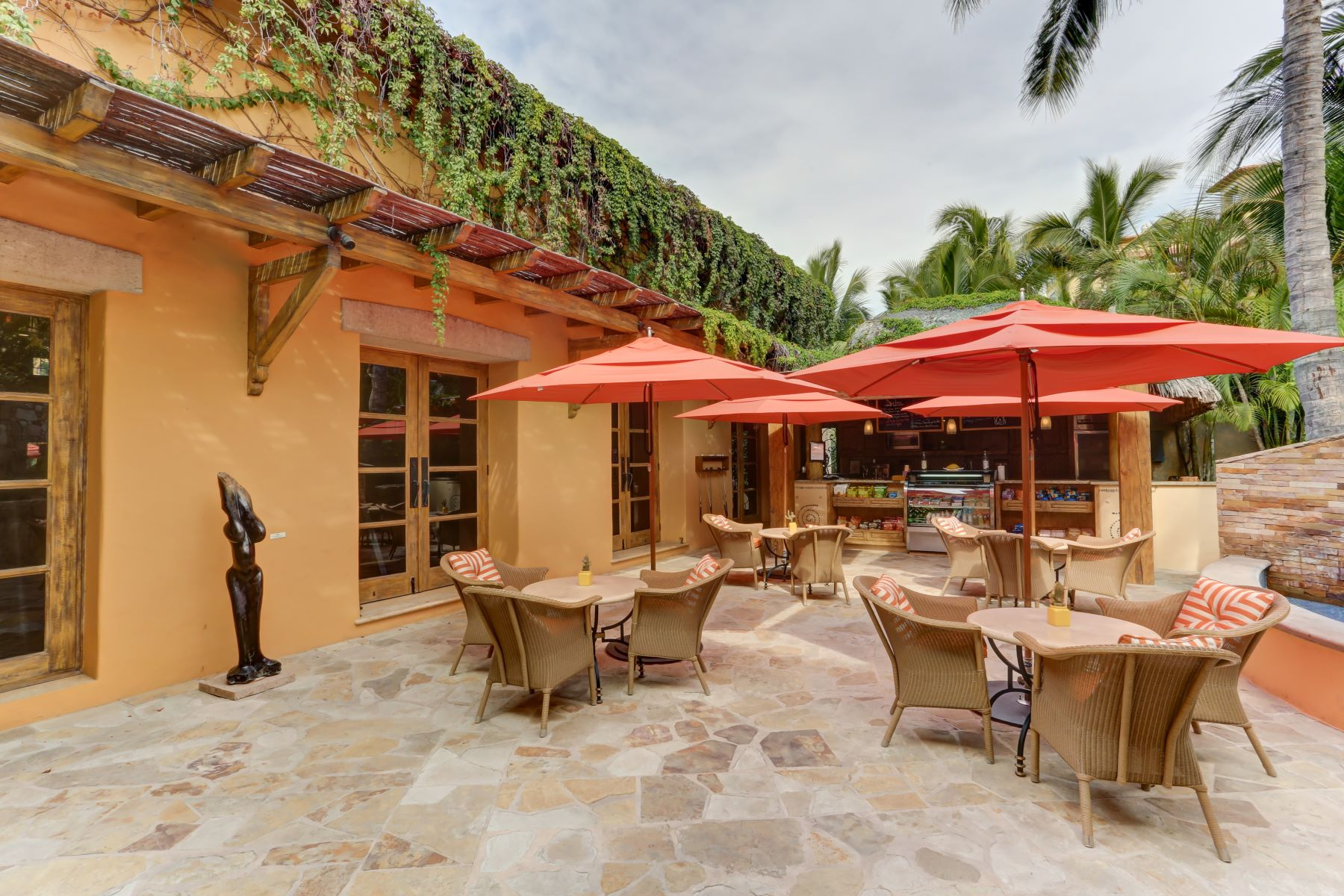 Additional photo for property listing at Residence 5-204 Cabo San Lucas, Baja California Sur Mexico