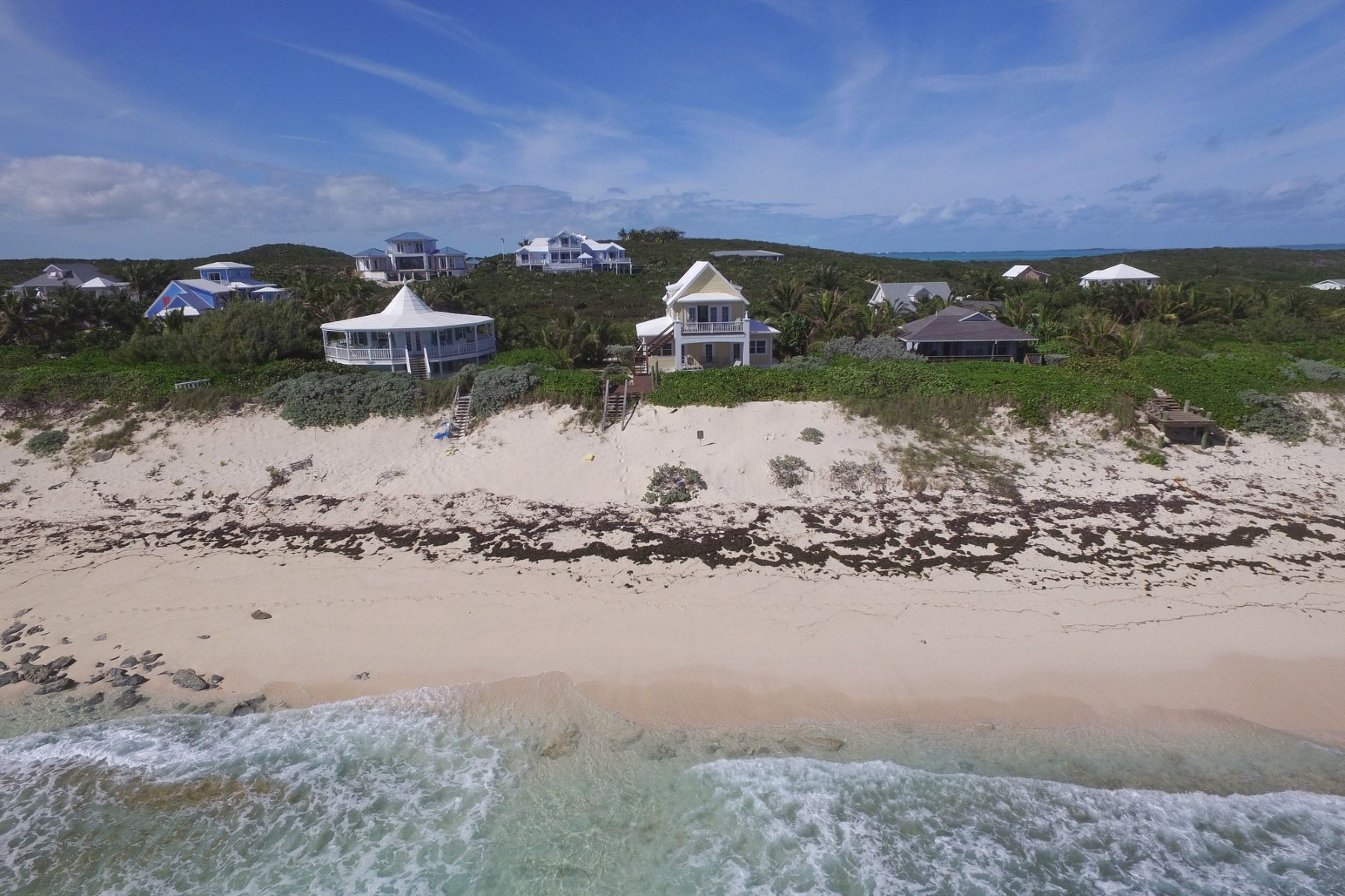 Additional photo for property listing at Abaco Pineapple Beach Elbow Cay Hope Town, Abaco Bahamas