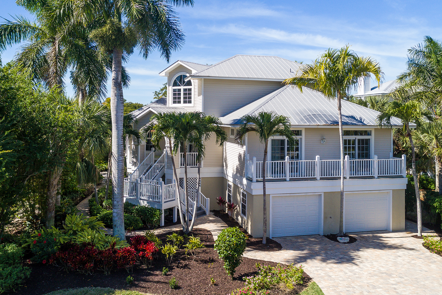 single family homes for Active at SANIBEL 911 Almas Ct Sanibel, Florida 33957 United States