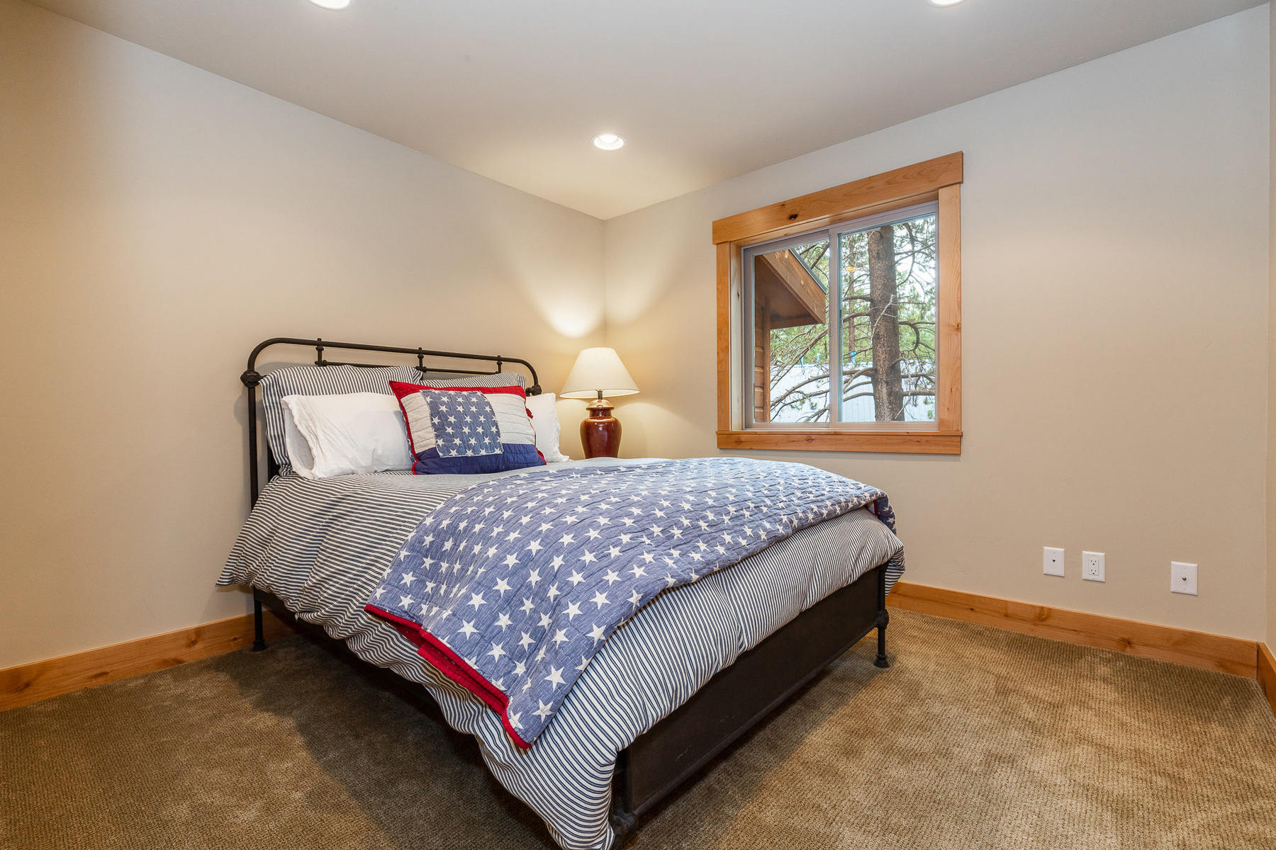 Additional photo for property listing at 14791 Tyrol Road, Truckee CA 14791 Tyrol Road Truckee, California 96161 United States