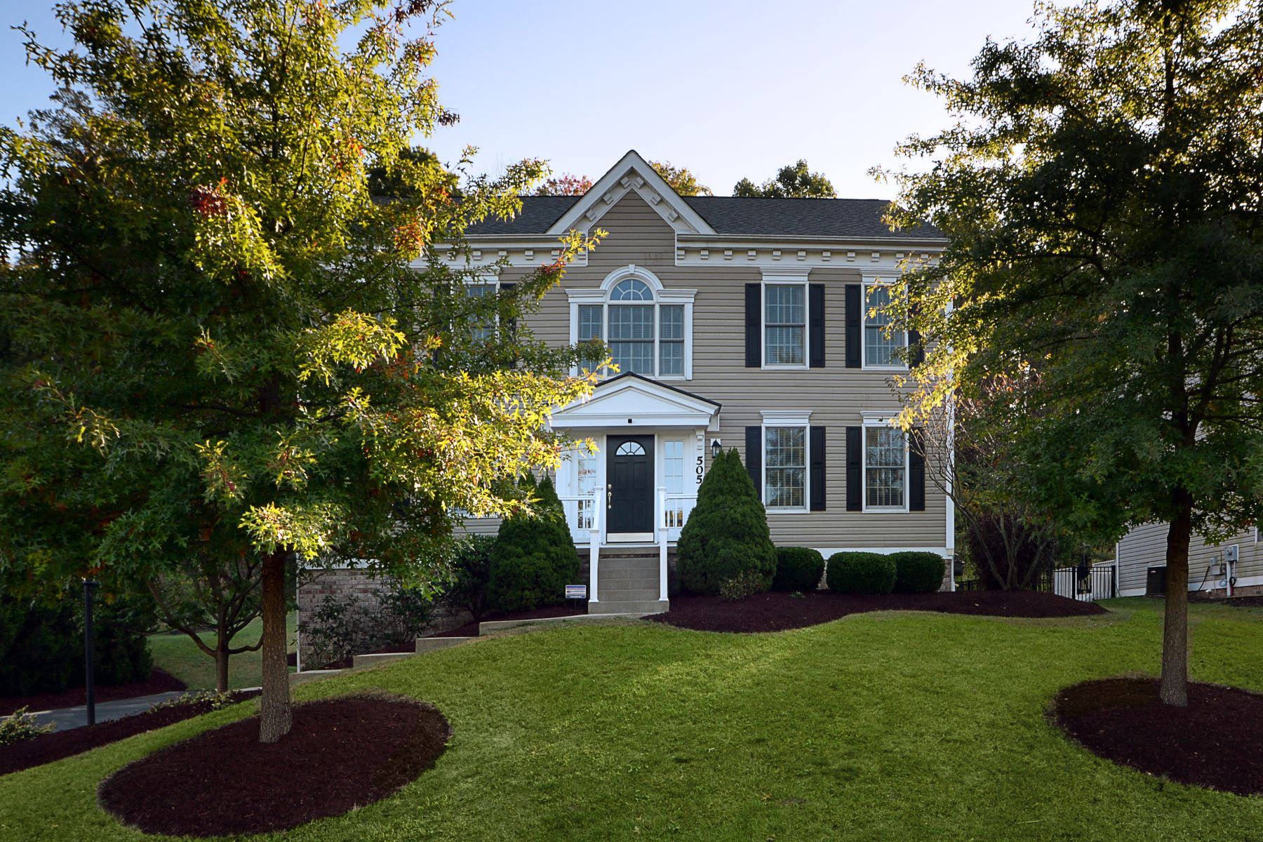 Single Family Homes for Sale at Spacious Colonial on Quiet Cul-de-Sac 505 Rockport Place, Wexford, Pennsylvania 15090 United States