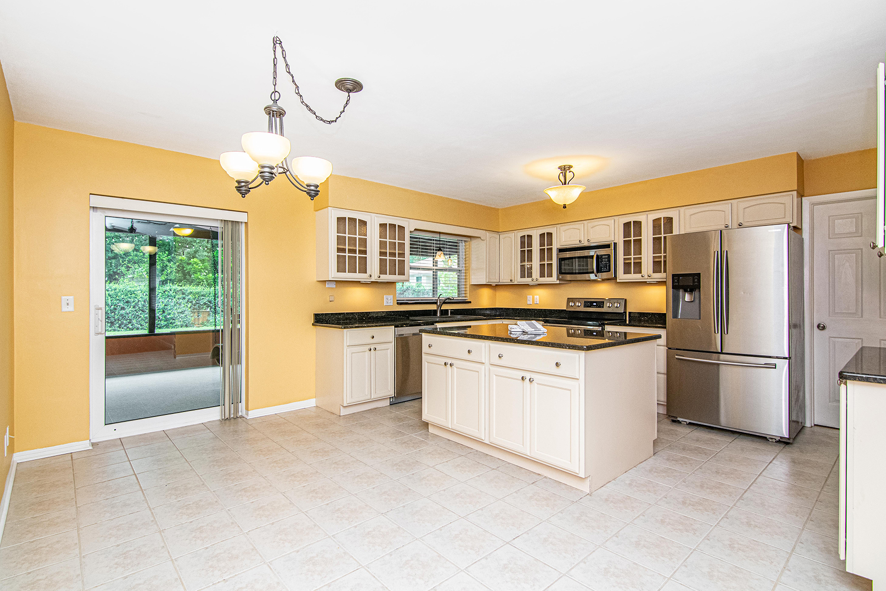Additional photo for property listing at 636 Atwood Ave N, St. Petersburg, Florida 33702 Vereinigte Staaten