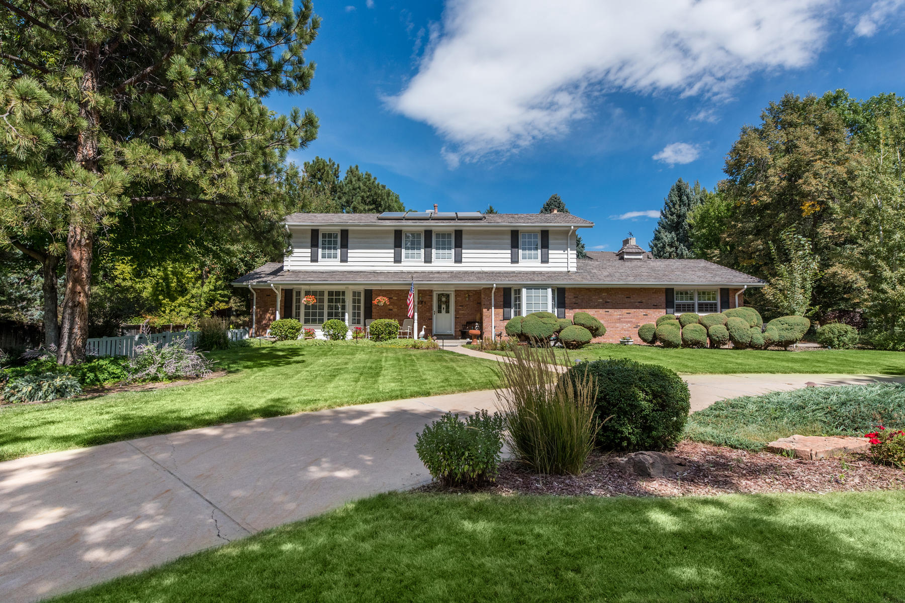 Single Family Home for Active at Incredible Opportunity In Cherry Hills East! 5285 East Oxford Avenue Cherry Hills Village, Colorado 80113 United States