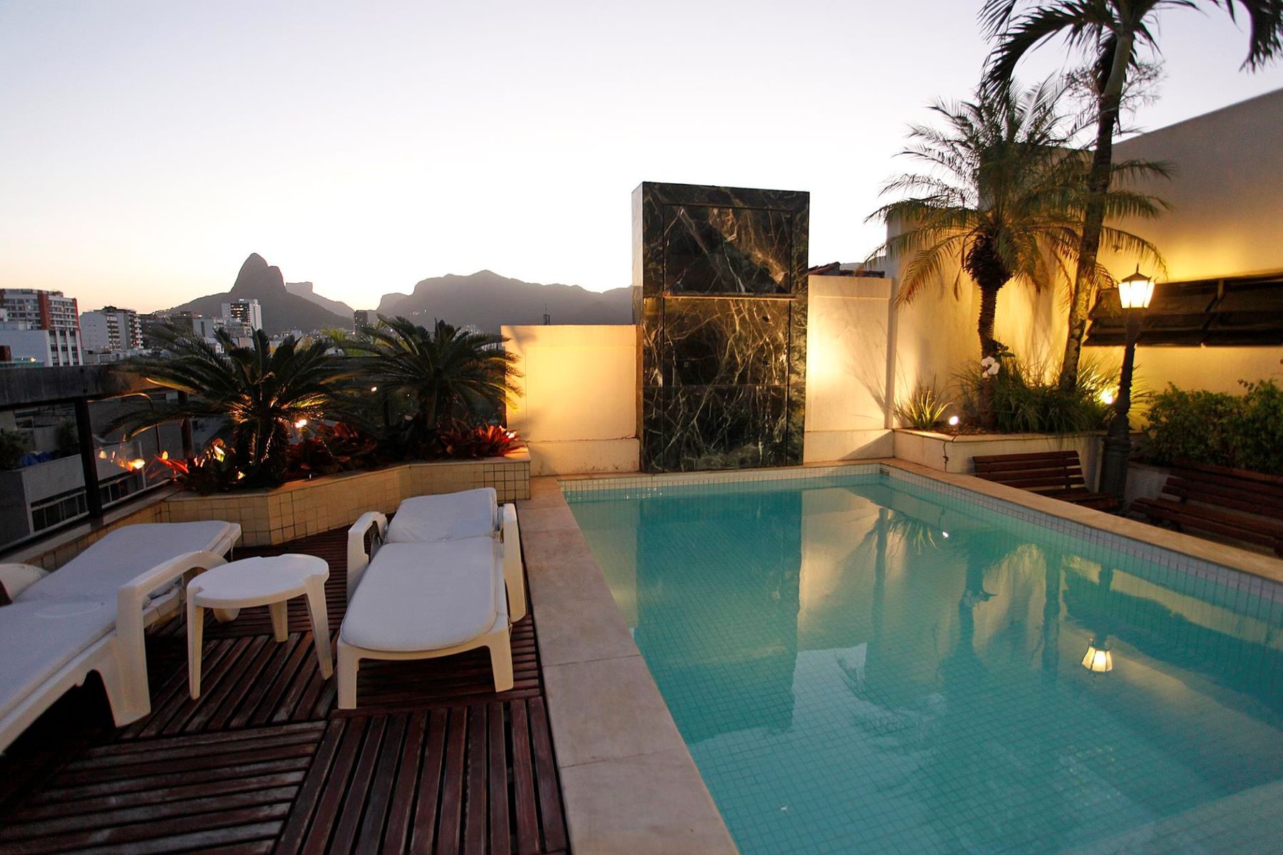 Single Family Home for Sale at Duplex Penthouse in Rio Rio De Janeiro, Rio De Janeiro, 22421-000 Brazil