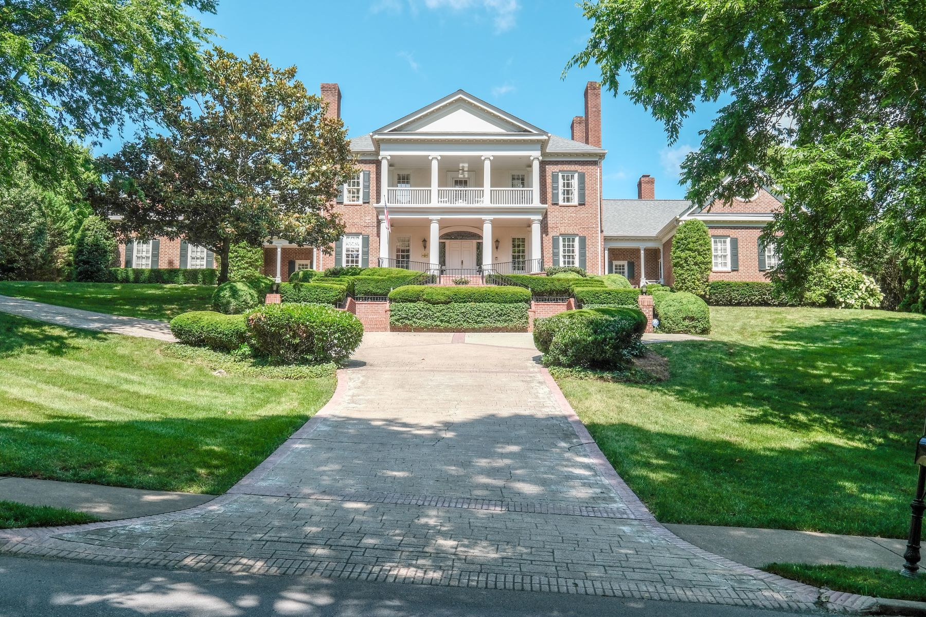 Single Family Homes pour l Vente à The Governors Club / Richmond Hill 3 Governors Way, Brentwood, Tennessee 37027 États-Unis
