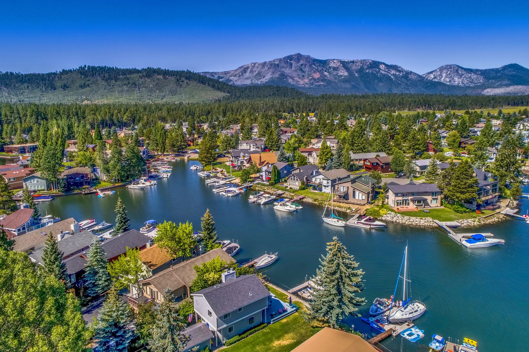 Single Family Homes for Active at Stunning Location. 472 Christie Drive South Lake Tahoe, California 96150 United States