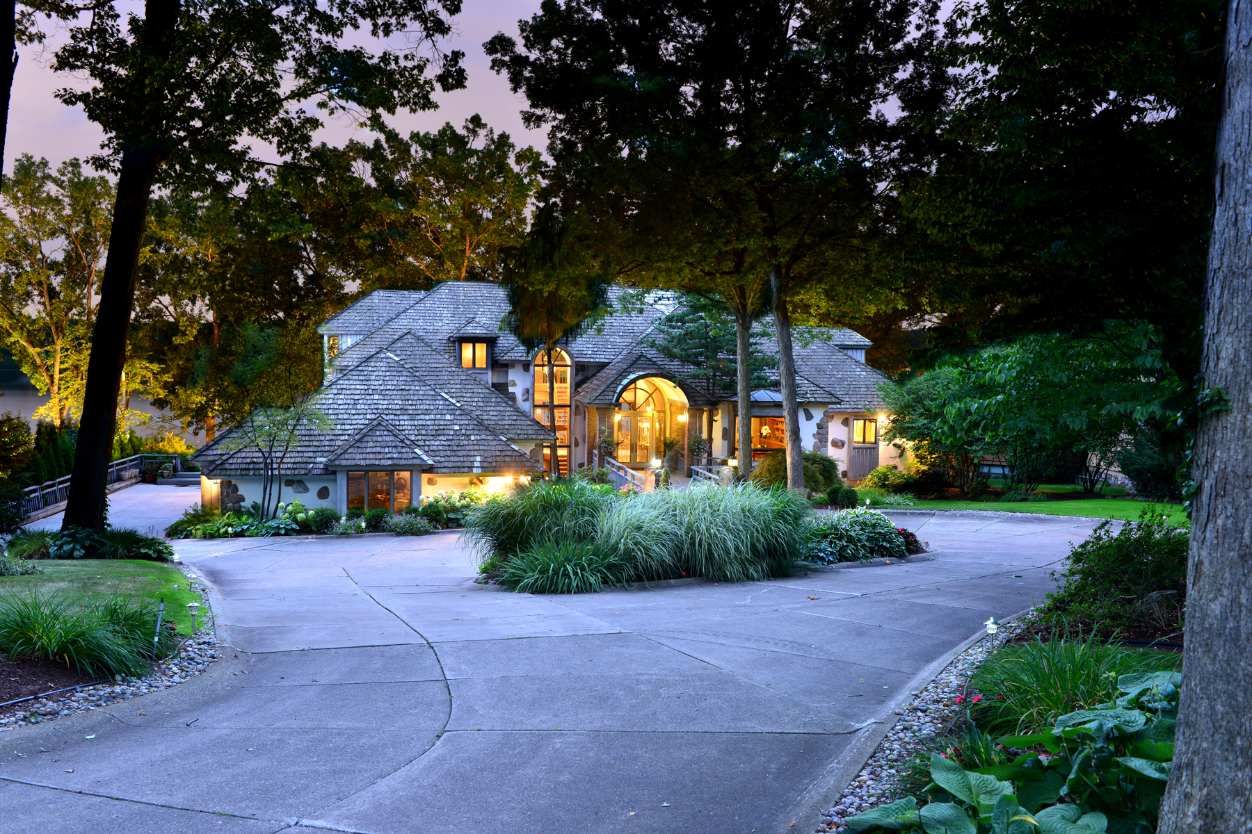Maison unifamiliale pour l Vente à Orchard Lake 3905 Laplaya Lane West Bloomfield, Michigan, 48324 États-Unis