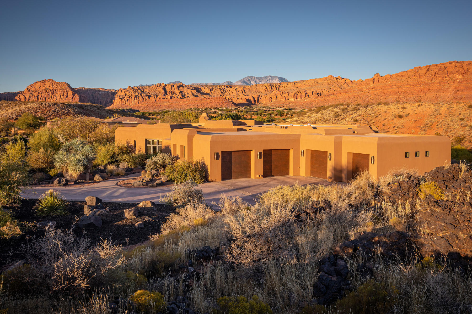 Single Family Homes for Sale at Living Easy in Entrada 2688 N Chaco Trail, St. George, Utah 84770 United States