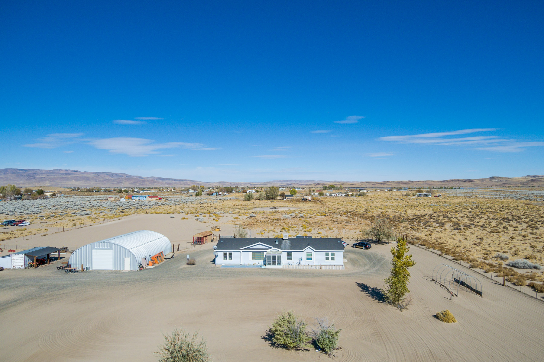 Single Family Homes por un Venta en 3250 East 4th Street, Silver Springs, NV 89429 3250 E 4th Street Silver Springs, Nevada 89429 Estados Unidos