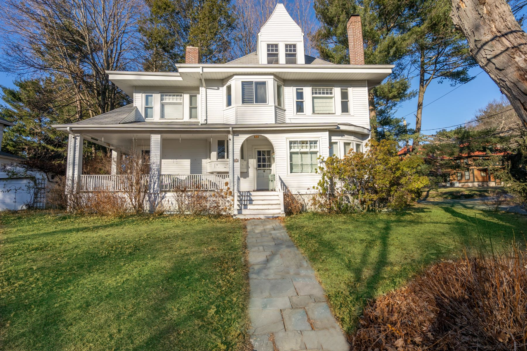 Single Family Homes για την Πώληση στο Newton, Μασαχουσετη 02461 Ηνωμένες Πολιτείες