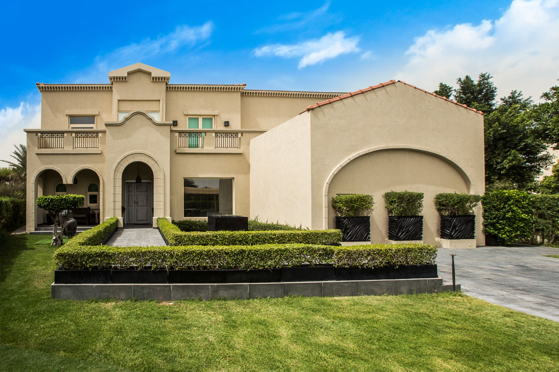 Single Family Home for Sale at Upgraded Family Home Dubai, United Arab Emirates