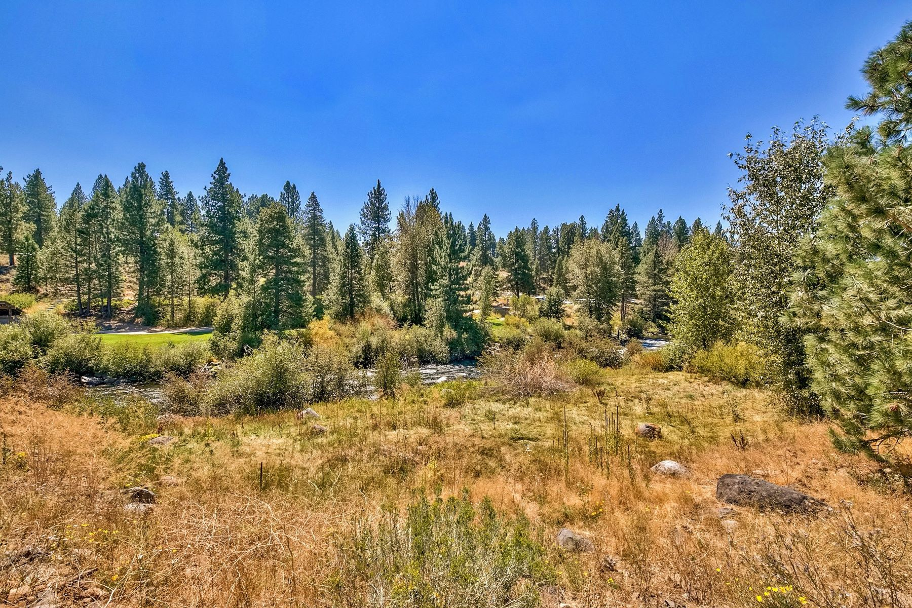 Additional photo for property listing at 10477 & 10531 East River Street Truckee California 96161 10497 & 10531 East River Street River's Edge Truckee, California 96161 United States