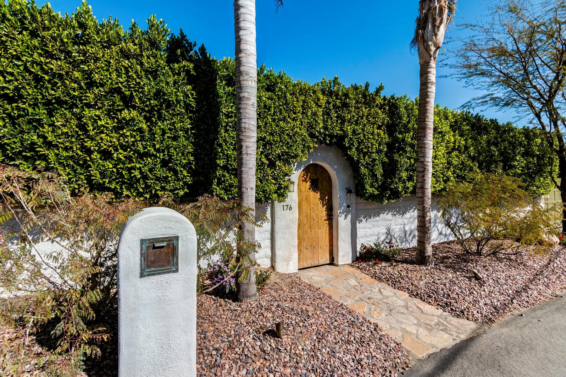 Частный односемейный дом для того Продажа на 176 West Crestview Drive Palm Springs, Калифорния 92264 Соединенные Штаты